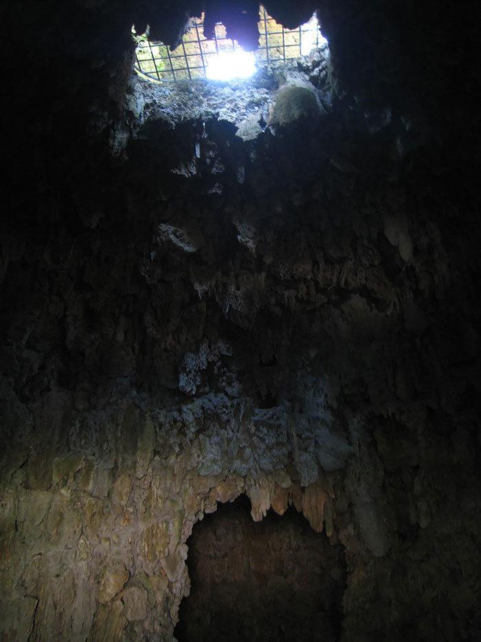 【進撃】イタリアの山中にある巨人像が凄くそそる。隠し部屋とか何それ。【RPG風】8.jpg