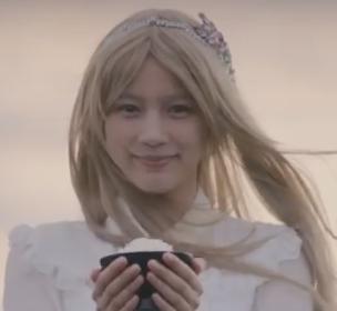 のん 金髪ロングの衝撃動画はコチラ↓!!