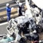 加古川バイパス 玉突き事故の画像が衝撃的過ぎてヤバい.....